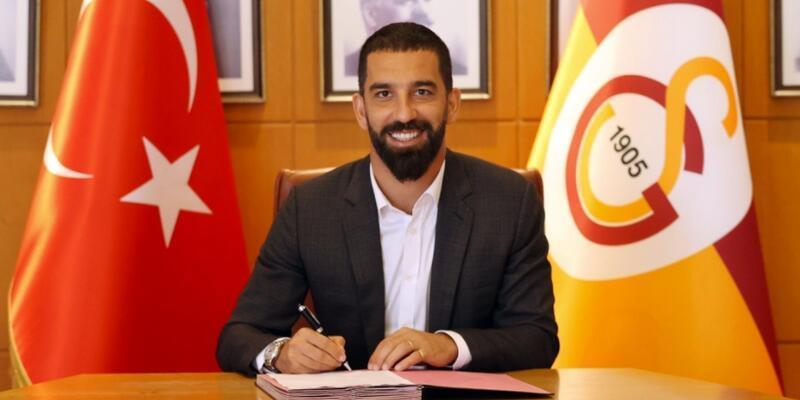 Galatasaray Arda Turan'ın sözleşmesini uzattı