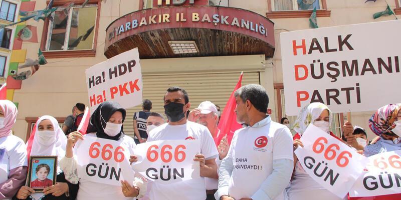 Cumhurbaşkanı Erdoğan, evlat nöbetindekiailelerle buluşacak