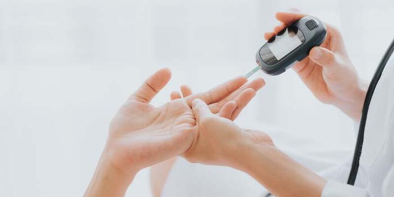 Kontrol edilmeyen diyabet hastalığı gözleri etkiliyor