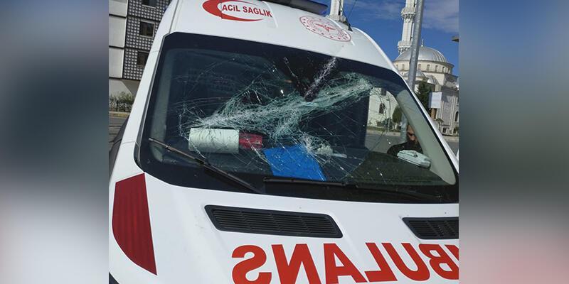 Trabzon'da hastaya müdahaleye giden 112 Acil Servis ekibine saldırı