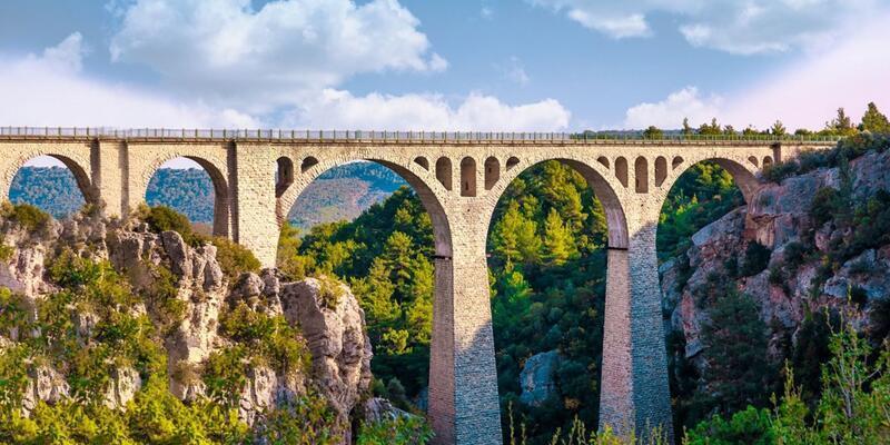 Varda Köprüsü Nerede, Nasıl Gidilir? Varda Köprüsü Hakkında Bilinmesi Gerekenler