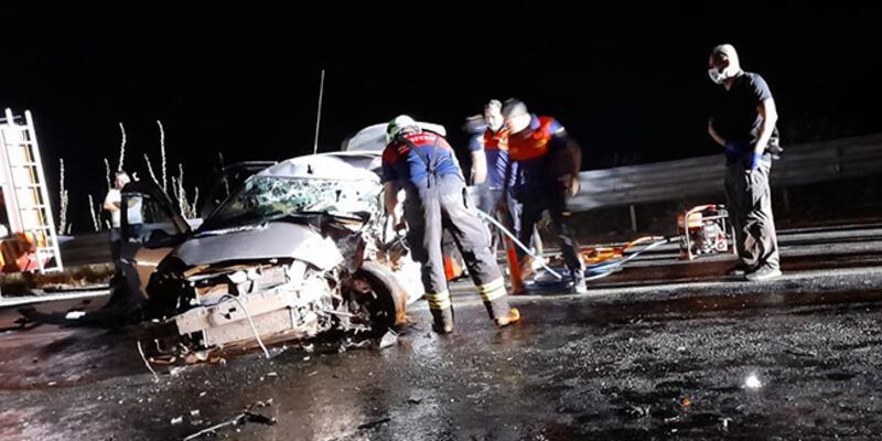 TIR ile otomobil çarpıştı: 1 ölü, 1 yaralı