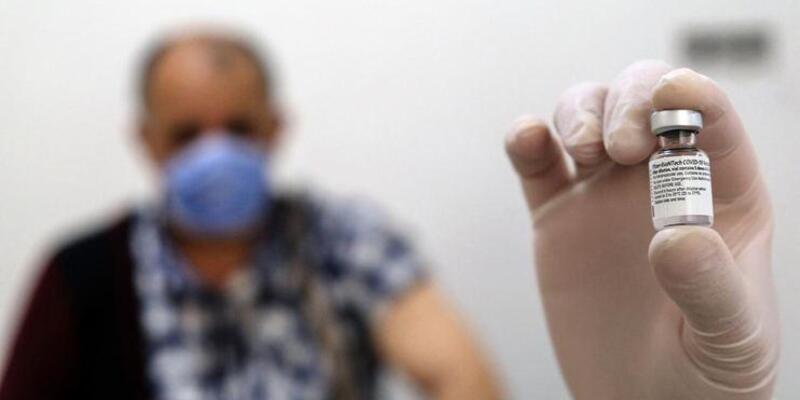 Tek ya da çift doz aşı olanlar dikkat! İşte en yayın görülen 5 semptom...