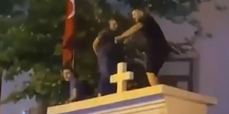 Erdoğan'dan kiliseye saygısızlığa tepki: Kabul etmemiz mümkün değil