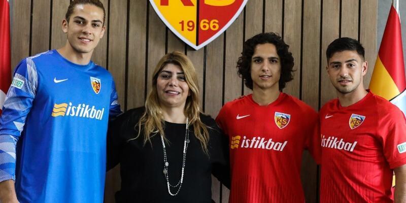 Kayserispor'un gençleri imzayı attı