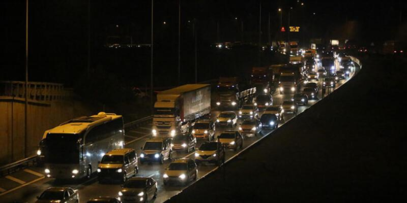 Anadolu Otoyolu'nda bayram tatili yoğunluğu