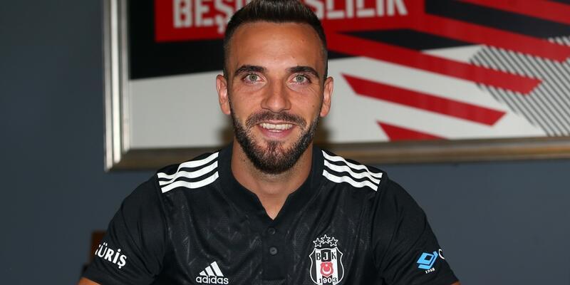 Beşiktaş Kenan Karaman'ı açıkladı