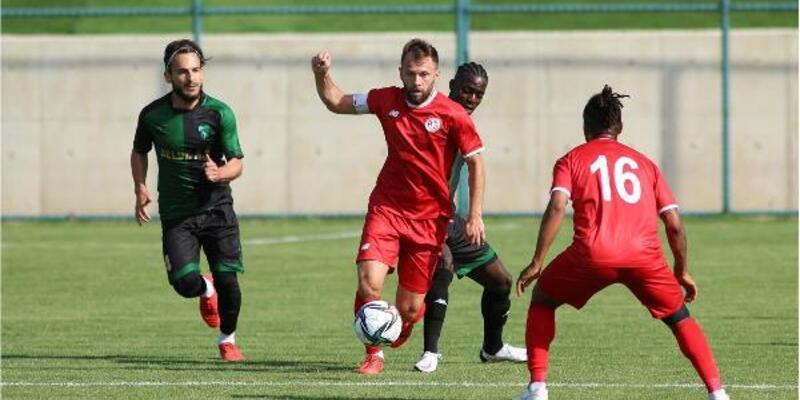 Kocaelispor Antalyaspor'u tek golle geçti