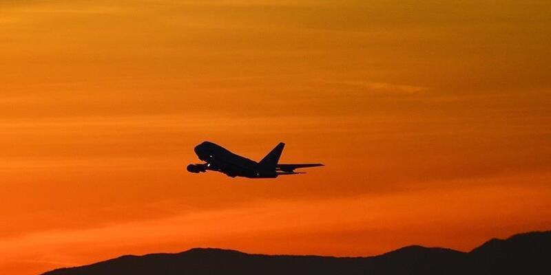 SON DAKİKA: Radardan kaybolan uçaktan sevindiren haber