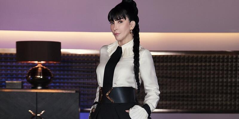 Hande Yener kimdir? Hande Yener kaç yaşında? Hande Yener evli mi, sevgilisi kim, nereli?
