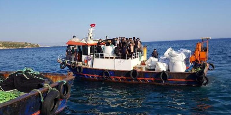 Urla'da Yunanistan adalarına kaçma hazırlığındaki 45 göçmen yakalandı