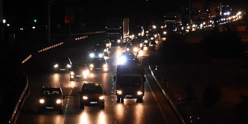 """""""Kilit Kavşak'ta bayram öncesi trafik yoğunluğu başladı"""