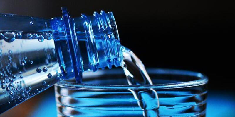 Yeterince su içmediğinizde vücudunuzda neler olur?