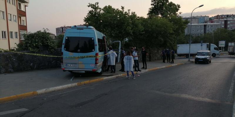 Pendik'te minibüse silahlı saldırı