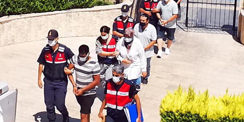 Jandarma ve MİT'ten FETÖ operasyonu; motor yatla kaçmak isterken yakalandılar