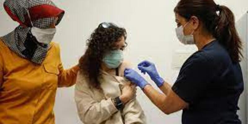Delta varyantına karşı başarı için çift doz aşı şart