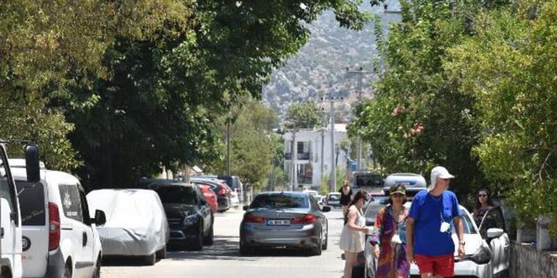 Marmaris'in kırsal mahalleleri tatilcilerle doldu