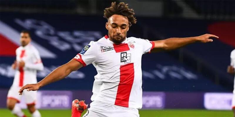Galatasaray, Sacha Boey transferini KAP'a bildirdi