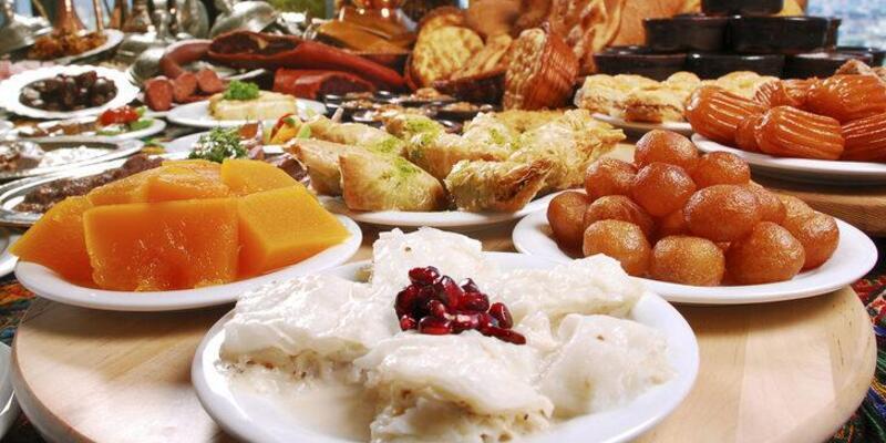 Rüyada Tatlı Yemek Ne Anlama Gelir? Rüyada Sütlü, Şerbetli Tatlı Yemek Neye İşarettir?