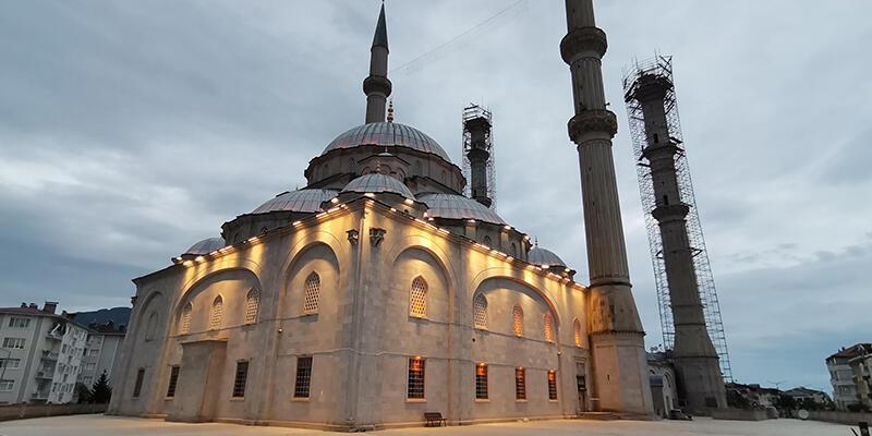 Cami hoparlörlerinden 'sel' ve 'heyelan' uyarısı