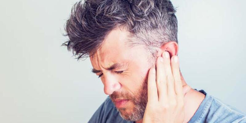 Uçak yolculukları sonrası kulak rahatsızlıklarına dikkat