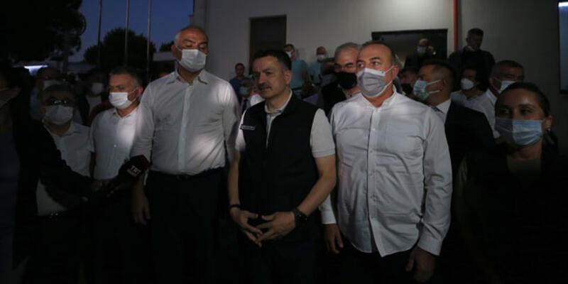 Bakanlar Manavgat'taki orman yangını bölgesinde incelemede bulundu