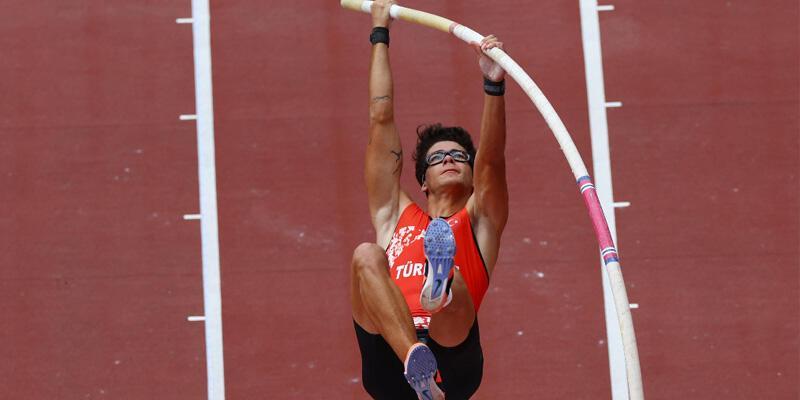 Son dakika... Milli atlet Ersu Şaşma'dan tarihi başarı