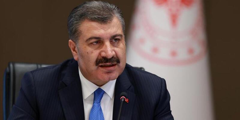 Sağlık Bakanı Koca, Kovid-19 aşısı olmayı erteleyenleri uyardı
