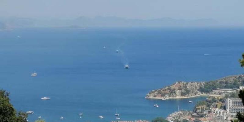 SON DAKİKA: İki çıkarma gemisi Marmaris'e sevk edildi