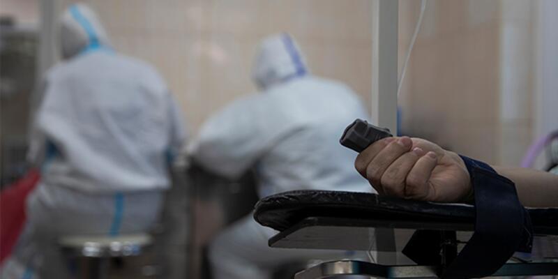 ABD'de Kovid-19 nedeniyle hastanede yatanların sayısı şubattan sonra ilk kez 50 bini aştı