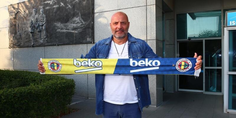 Aleksandar Djordjevic İstanbul'a geldi