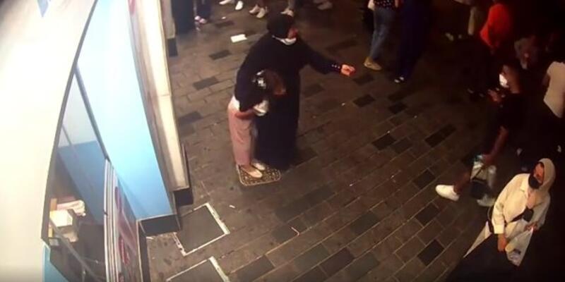 Taksim Meydanı'nda çocukları dilendiren şüpheliler yakalandı