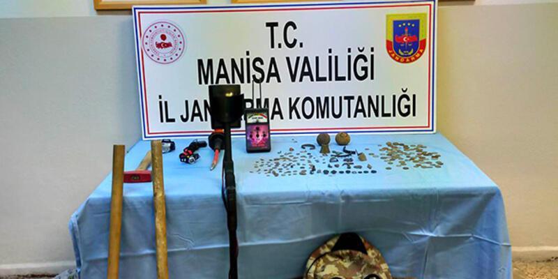 Manisa'da tarihi eser kaçakçılığı operasyonunda 2 kişi yakalandı