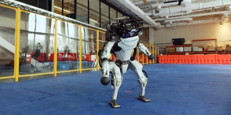İnsansı Atlas robotu gösteren yeni videolar yayınlandı