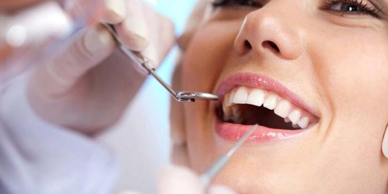 Sağlıklı ve düzgün dişler özgüveni de artırıyor