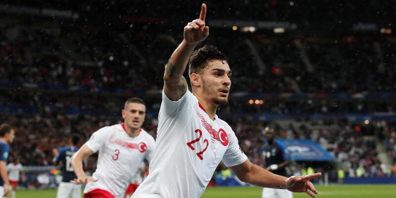 Son dakika Beşiktaş transfer haberleri: Kaan Ayhan Beşiktaş'la imza aşamasında