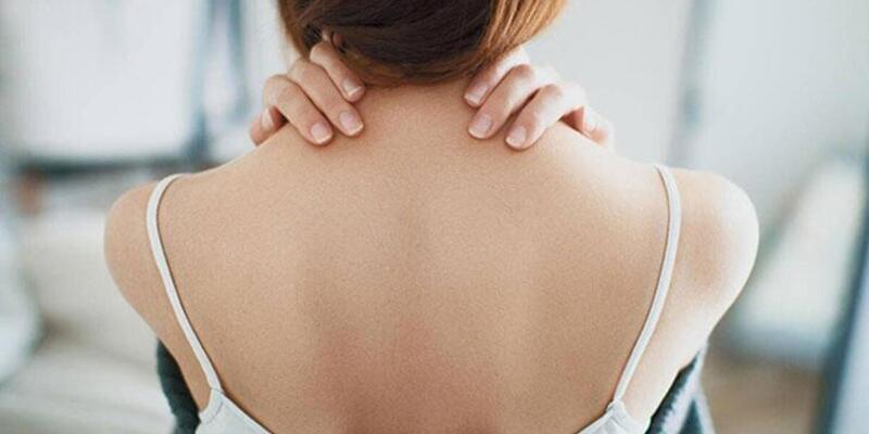 Boyun Tutulması Nasıl Geçer? Boyun Tutulmasına İyi Gelen Şeyler Nelerdir, Evde Tedavi Nasıl Yapılır?