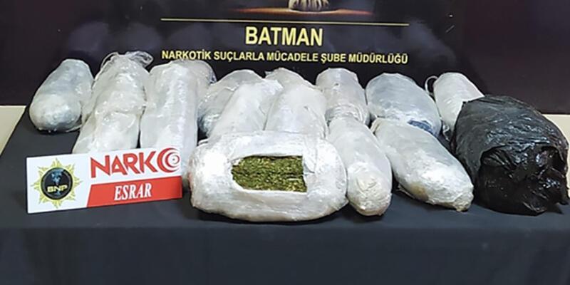 Batman'da uyuşturucu operasyonlarında yakalanan 3 zanlı tutuklandı