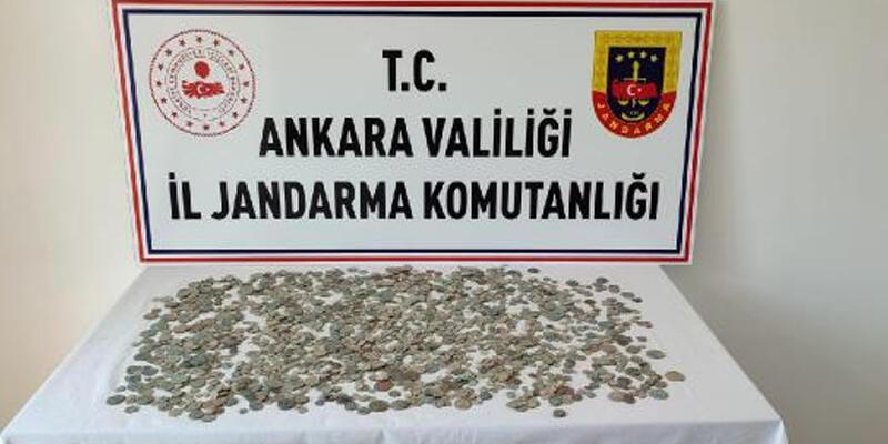 Ankara'da, Roma, Bizans ve İslami döneme ait 2 bin 30 sikke ele geçirildi