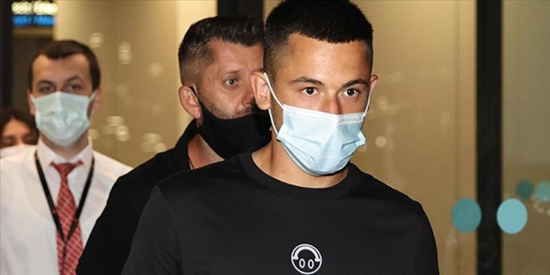 Galatasaray, Rumen futbolcu Morutan ile 5 yıllık sözleşme imzaladı