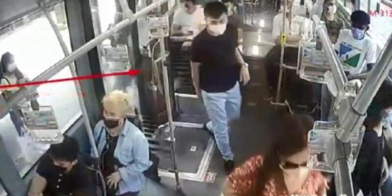 Metrobüs duraklarında yankesicilik yapan 3 kadın yakalandı
