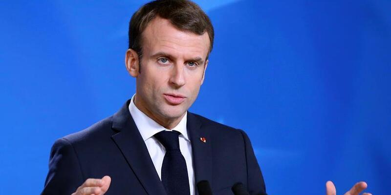 Macron'un Kovid-19 aşı tarihi tartışmalara neden oldu