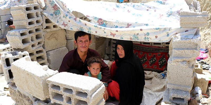 Eşi ve 3 yaşındaki çocuğuyla yaptığı 40 günlük umut yolculuğunu DHA'ya anlattı