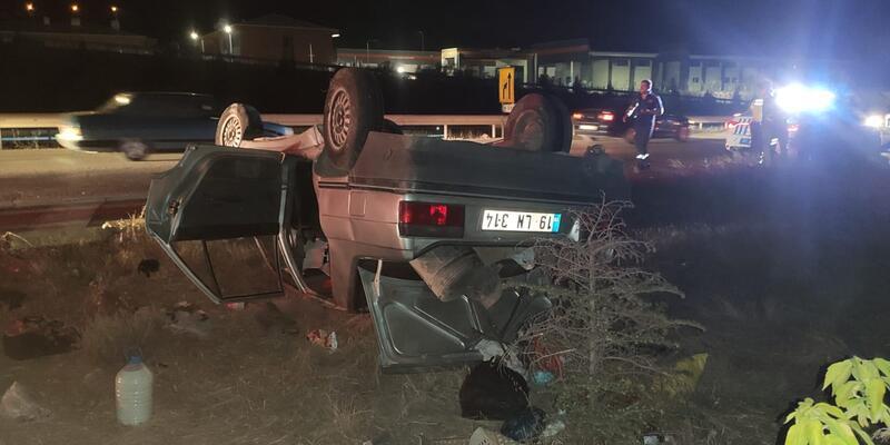 Takla atan otomobilde aynı aileden 6 kişi yaralandı