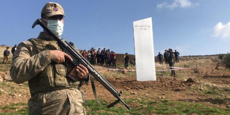 'Gizemli monolit' bu kez tarihi Zerzevan'da ortaya çıktı
