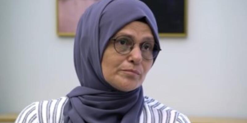 Nurgül Karamert kimdir? Paylaş Benimle Nurgül Karamert 1999 depreminden bu yana Gözde'yi arıyor