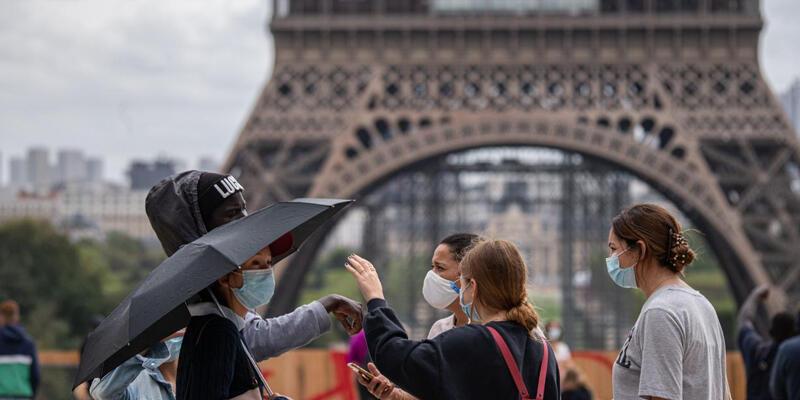 Fransa'da son 24 saatte 19 bin 425 Kovid-19 vakası kaydedildi