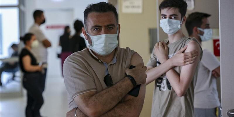 Türkiye'de uygulanan toplam aşı miktarı 95 milyon dozu geçti