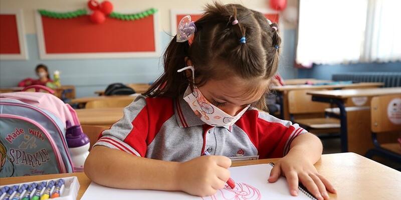 SON DAKİKA: Bakan Koca'dan Yüz yüze eğitim' açıklaması