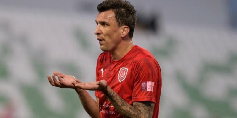Mario Mandzukic futbolu bıraktı